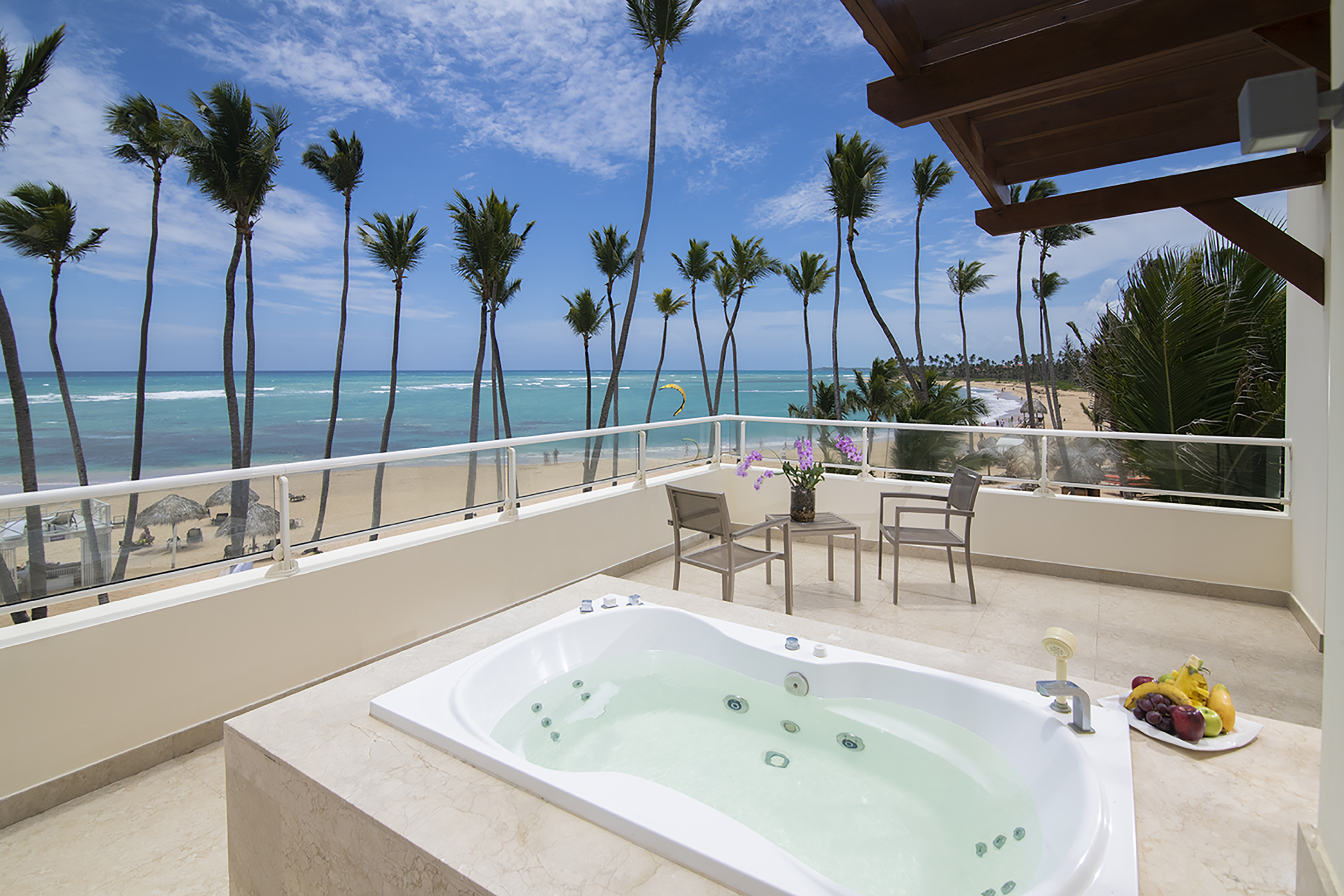 breathless punta cana honeymoon suites with outdoor jacuzzi